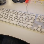Dirty Apple Aluminim Keyboard 01